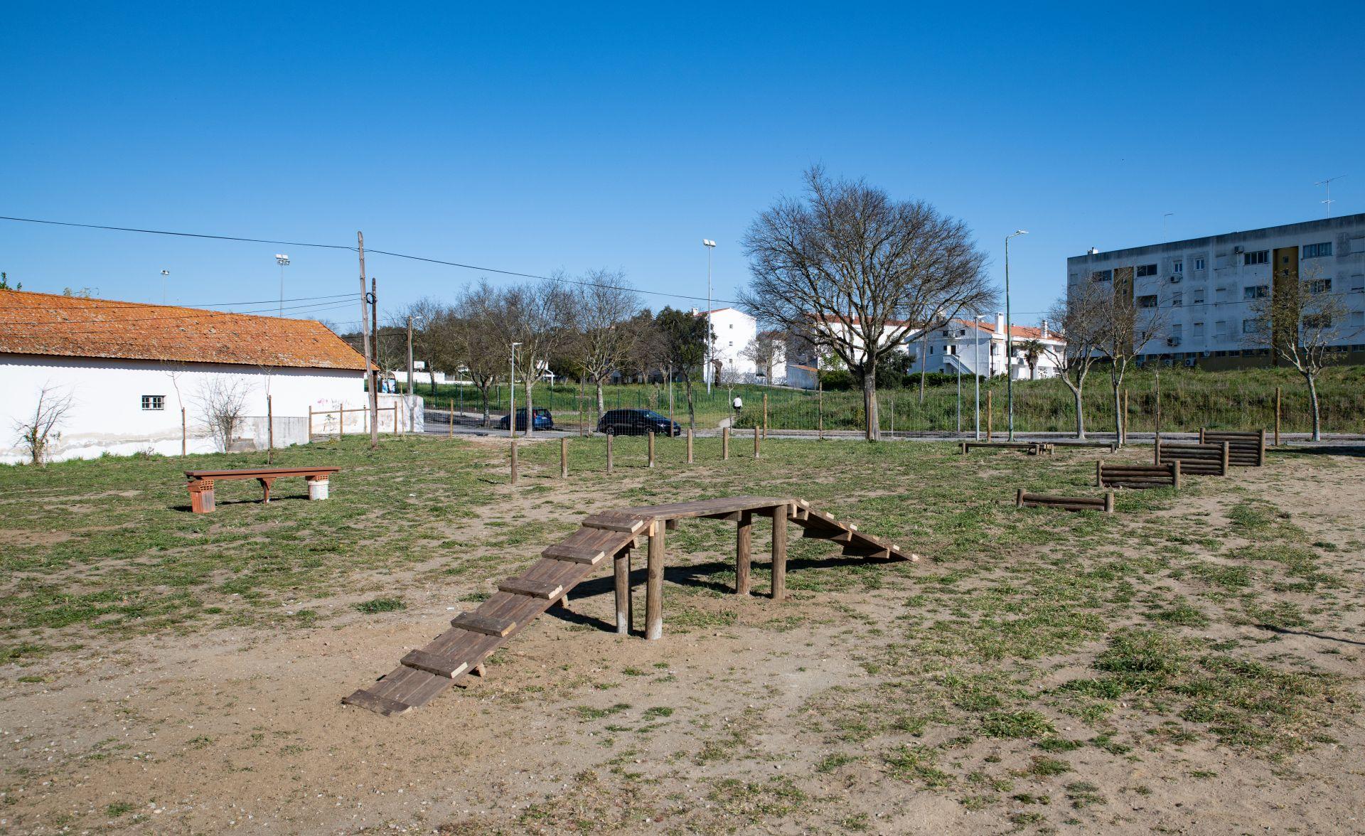 (Português) Novo Parque Canino de Évora vai abrir ao público