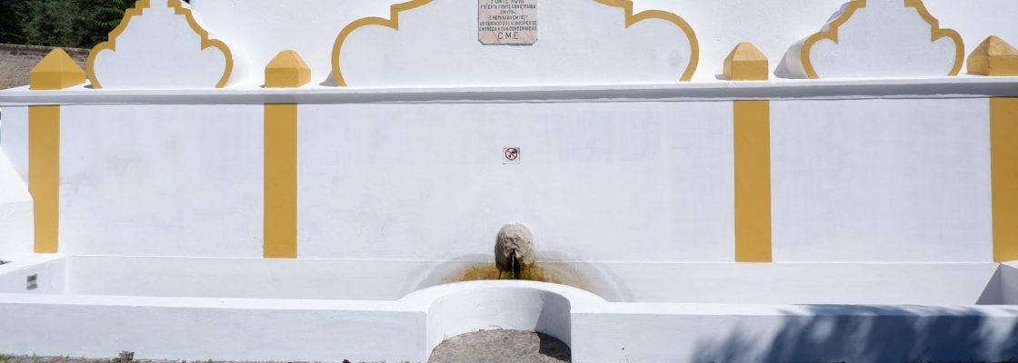 Valorização do património hidráulico: Fonte Nova pintada e restaurada