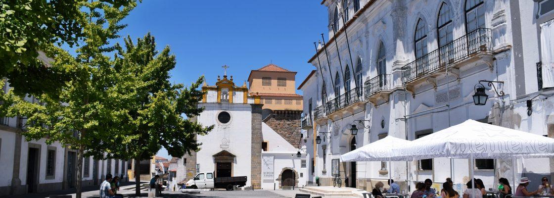 Em reunião pública de 14 de Julho de 2021: Câmara de Évora felicitou árbitros eborenses pelo...