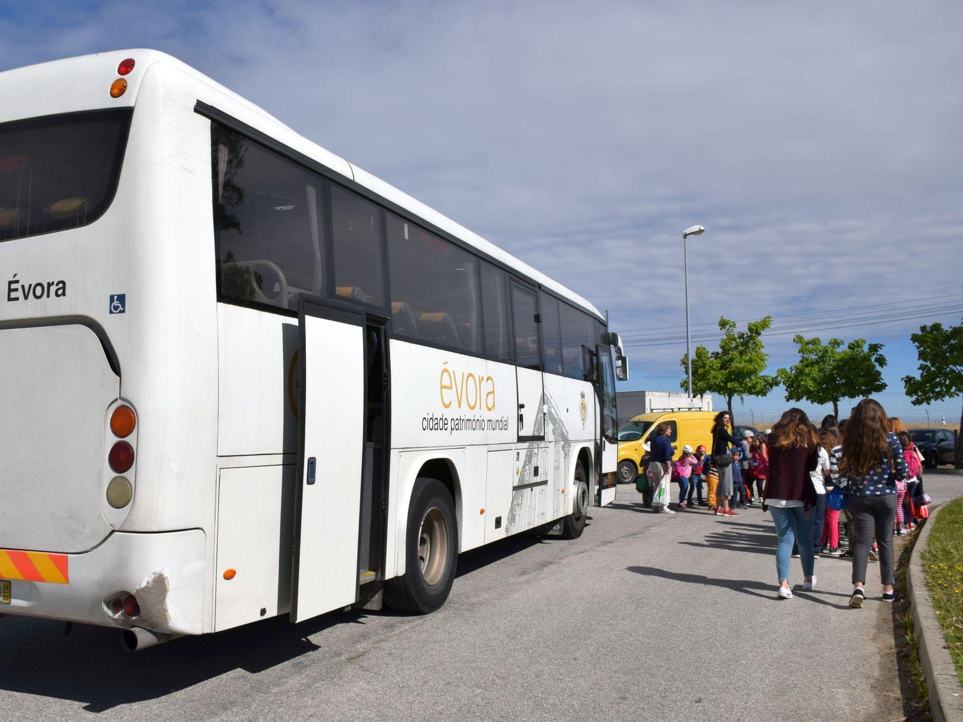 (Português) Conselho Municipal de Educação de Évora aprovou Transportes Escolares e Ação Social 2021/22