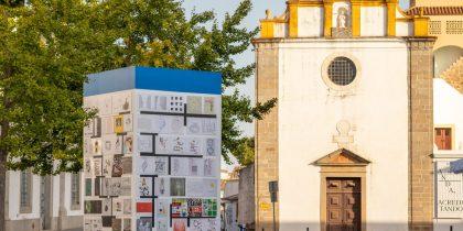Mural de poesia visual e fotografia na Praça de Sertório é uma iniciativa da segunda edição da EV.EX – Évora Experimental 2021