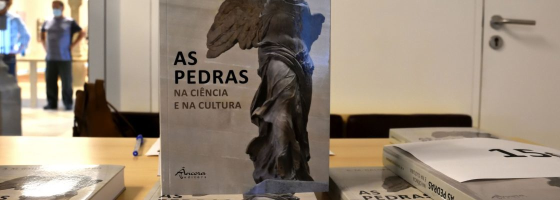 """""""As Pedras na Ciência e na Cultura"""", de A. M. Galopim de Carvalho apresentado no Paláci..."""